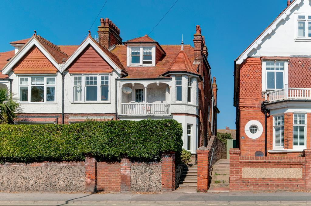 2 Bed Flat Property for Sale in Seaford, BN25 1SJ by Newberry Tully