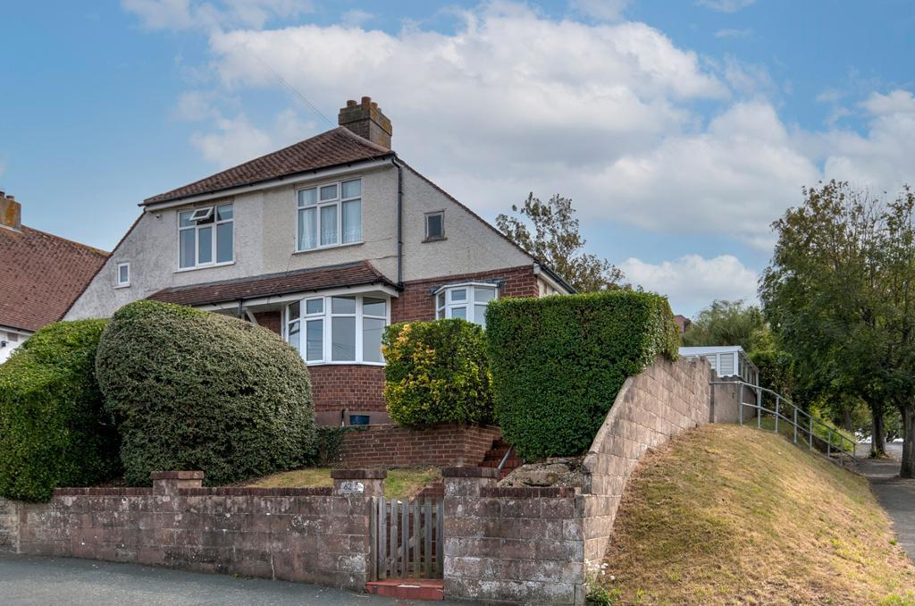 3 Bed House Property for Sale in Seaford, BN25 1UA by Newberry Tully